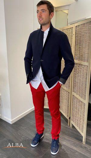 Blaser en laine Lacoste • Chemise Lacoste • Pantalon chino Lacoste • Chaussures Lacoste
